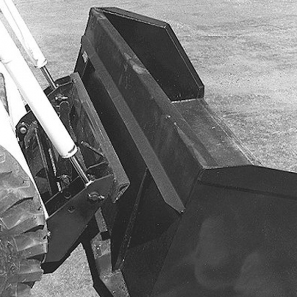 The M970 was the first Bobcat loader to incorporate the Bob-Tach system for fast attachment changes.