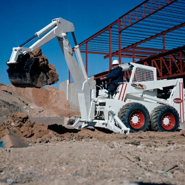 The M970 was the largest Bobcat skid-steer loader, the first to incorporate hydrostatic drive, and the first to utilize the Bob-Tach attachment system.